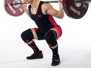 Attrezzatura Powerlifting, la migliore attrezzatura da Powerlifitng, attrezzatura da powerlifting, ginocchiere powerlifting, ginocchiere da Powerlifting, le migliori ginocchiere da powerlifting.